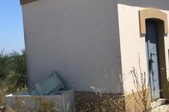Proseguono gli abbandoni di rifiuti nelle campagne tra Andria e Corato