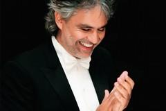 Delegazione andriese consegna ad Andrea Bocelli il Premio Mediterraneo 2018