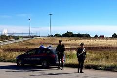 Tornano a recuperare pezzi dopo aver sezionato un'auto rubata ma ad attenderli trovano i Carabinieri