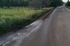 Sversamento di acque reflue in via vecchia Spinazzola
