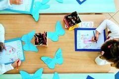 Giornata mondiale per la consapevolezza dell'autismo, le scuole andriesi si tingono di blu