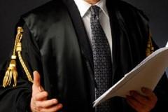 Avvocati di Trani contro il ministro Bonafede: «Dichiarazioni che ledono il decoro della categoria»