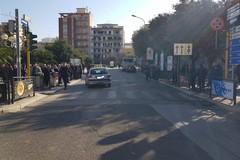 Incidente nei pressi del Monumento ai Caduti, una persona è stata investita