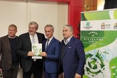 """Legambiente Puglia premia i comuni """"ricicloni"""". Male Andria che scende al 58,8%"""