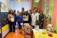 Donata una libreria per i piccoli pazienti dell'ospedale di Andria