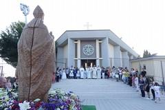 Don Giuseppe Zingaro saluta la comunità parrocchiale di San Riccardo