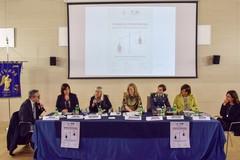 8 marzo, Festa della donna: compiuti passi avanti ma ancora altri da fare per raggiungere una reale parità