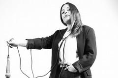 """La giovane cantautrice andriese Martina Zagaria debutta con il singolo """"Senza Orologio"""""""