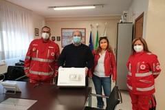 La Croce Rossa Italiana dona un ventilatore polmonare all'Asl Bt