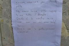 Spunta nella zona centrale di Andria una lettera per sensibilizzare la cittadinanza su tematiche ambientali
