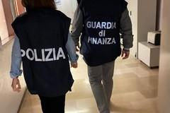 """""""Il Covid ci sta decimando"""": il grido d'allarme del sindacato di Polizia"""