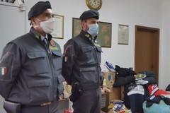 La Guardia di Finanza dona alimenti alla parrocchia di San Riccardo di Andria