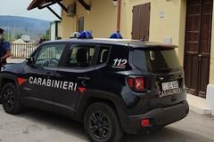 Minaccia la moglie e fugge all'arrivo dei carabinieri: denunciato 45enne di Andria
