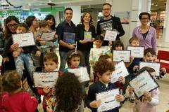 """Tanti libri donati per l'iniziativa """"Aiutaci a crescere, regalaci un libro"""""""