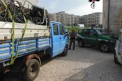 Trasportavano rottami senza autorizzazione, denunciati dai Carabinieri Forestali