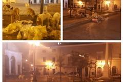 Degrado urbano: lauti banchetti notturni davanti alla Cattedrale