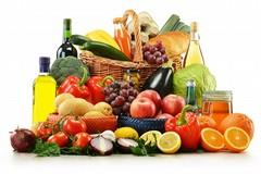 """Dieta mediterranea e salute: """"Per prevenire i melanomi pesce, frutta e verdura sono scudi naturali"""""""