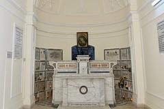 Maioliche e preziosi manufatti edili per la Cappella dell'Arciconfraternita Maria SS. Addolorata