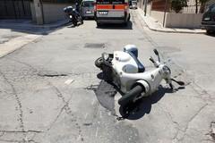 Incidente auto scooter zona La Specchia: codice rosso per un centauro
