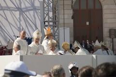 """La visita del Papa a Molfetta nel numero di maggio del giornale """"Insieme"""""""