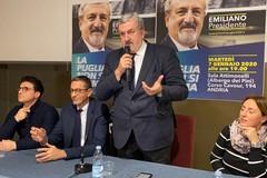 Emiliano ad Andria per le primarie del centrosinistra: «Stiamo facendo vivere la democrazia»