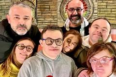 «Tutto fumo e niente arrosto»commedia senza barriere di Sabino Matera con i ragazzi del Centro Zenith