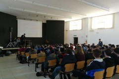 L'associazione culturale Sen. Avv. Gaetano Scamarcio all'ITIS di Andria per l'orientamento universitario