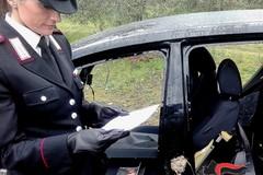 Veicoli rubati ed armi scoperti nelle campagne di Andria: arrestati padre e figlio