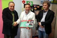 """Donazione dell'Associazione Madonna dei Miracoli alla Pediatria del """"L. Bonomo"""""""