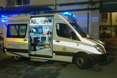 Grave un anziano investito sulla sp 13 all'altezza della sede di Telesveva: indagano i Carabinieri