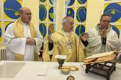 S. Messa di Natale nel carcere di Trani con il Vescovo Mansi