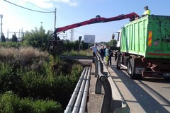 Ciappetta Camaggio, interventi per ripulire dai rifiuti il ponte di via Andria
