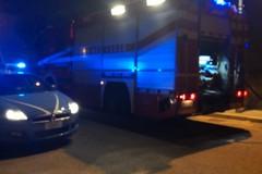 """Principio d'incendio in via Duca degli Abruzzi: provvidenziale intervento di una """"volante"""" del 113"""