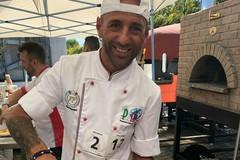 """Pizza gourmet """"d'oro"""" per il pizzaiolo andriese Nicola Pistillo al 2 campionato Internazionale del Mediterraneo"""