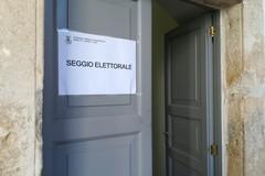 Provinciali, il giorno del voto per il rinnovo del consiglio: alle 11.00 circa 50 alle urne