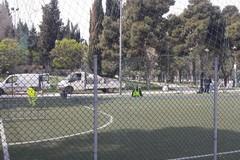 Nuovo restyling per il campetto da calcio della Villa Comunale