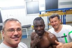 Il pugile Jhonny Zezè stupisce ancora: splendida vittoria al galà professionistico di Roma