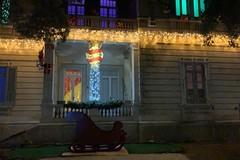 """Dante Marmone e Tiziana Schiavarelli in un video per la """"Casa di Babbo Natale con i suoi Elfi"""""""