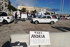 Taxi di Andria presente alla manifestazione di Bari