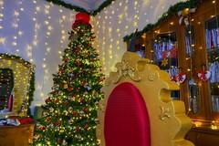 """Anche quest'anno torna la """"Casa di Babbo Natale con i suoi Elfi"""" dell'art director Sabino Matera"""
