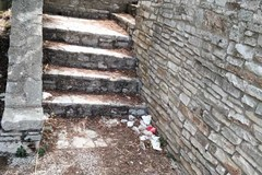 """Castel del Monte, De Mucci (FI): """"Indecenti le condizioni dei bagni pubblici"""""""
