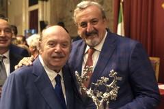 """Consegnato a Montecitorio, il premio """"Vigna d'argento"""" a Michele Emiliano e Lino Banfi. Il VIDEO"""