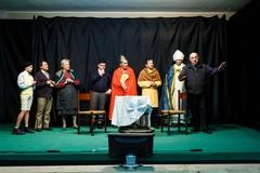 """Il Vescovo mons. Mansi incontra i componenti dell'associazione """"Alfa Teatro"""""""