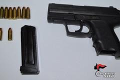 Due fratelli di Andria arrestati a Tortoreto per possesso di arma da fuoco