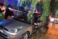 Quattro giovani rimasti feriti in grave incidente stradale su via Dalmazia