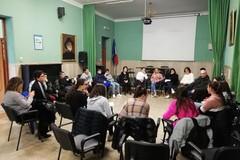 """I giornalisti in erba della scuola """"Vaccina"""" incontrano i rappresentanti di Legambiente"""