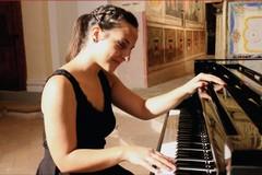 La pianista andriese Sabina Sellitri in concerto al Circolo Pivot di Castellana Grotte