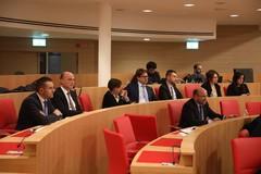 """Nuova sede Consiglio. M5S: """"L'aula consiliare è accessibile ai disabili? Emiliano e il garante regionale rispondano"""""""