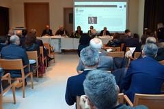 """Emiliano: """"La regione Puglia finanzia la ricerca sui farmaci innovativi"""""""