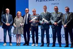 Orgoglio pugliese: il marciatore Fortunato premiato a Bari dal Sindaco Bruno e dall'assessore allo sport Piemontese
